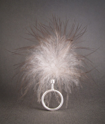 Fluffy ring; ss, peacock down G I N G E R   L E M O N   D R O P
